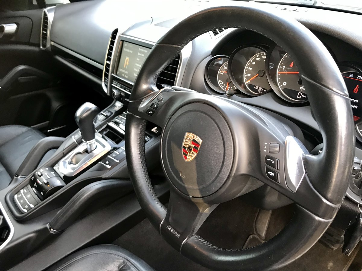 2013 Porsche Cayenne 3.0 TDI V6 Diesel Automatic Facelift . For Sale (picture 2 of 19)