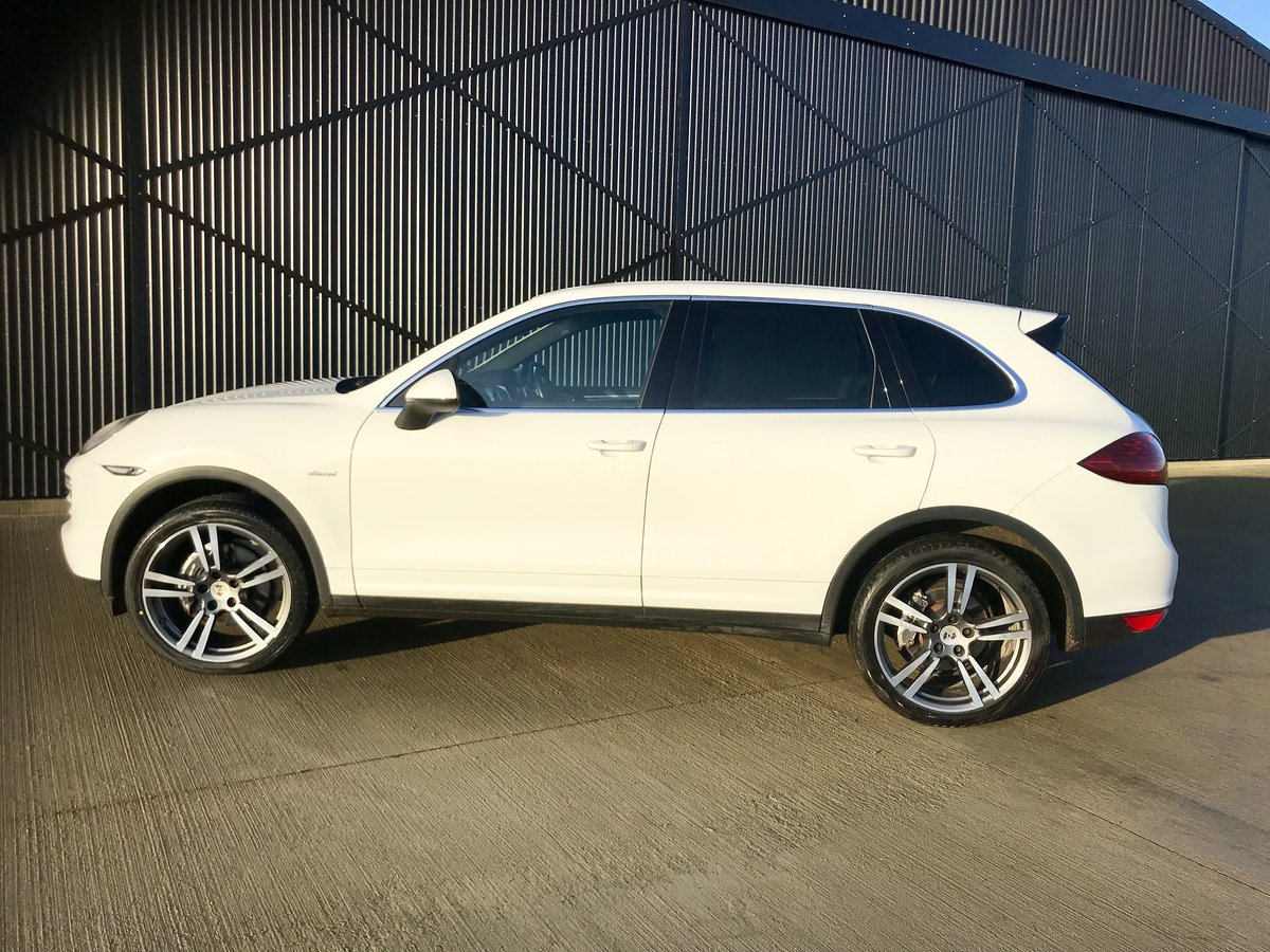 2013 Porsche Cayenne 3.0 TDI V6 Diesel Automatic Facelift . For Sale (picture 3 of 19)