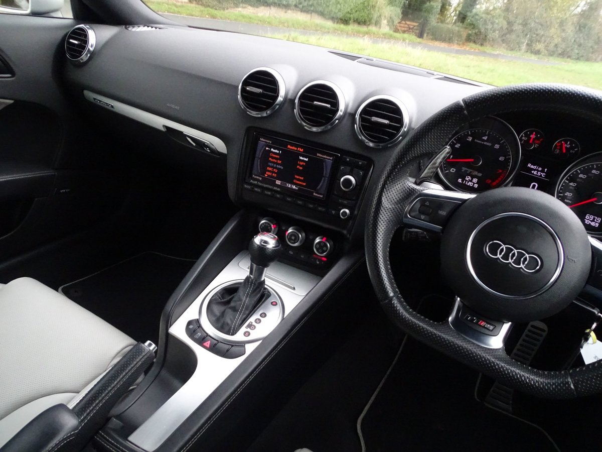 2011 Audi  TT  RS TFSI QUATTRO COUPE AUTO  17,948 For Sale (picture 6 of 24)