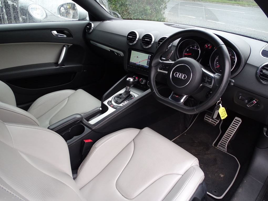 2011 Audi  TT  RS TFSI QUATTRO COUPE AUTO  17,948 For Sale (picture 23 of 24)