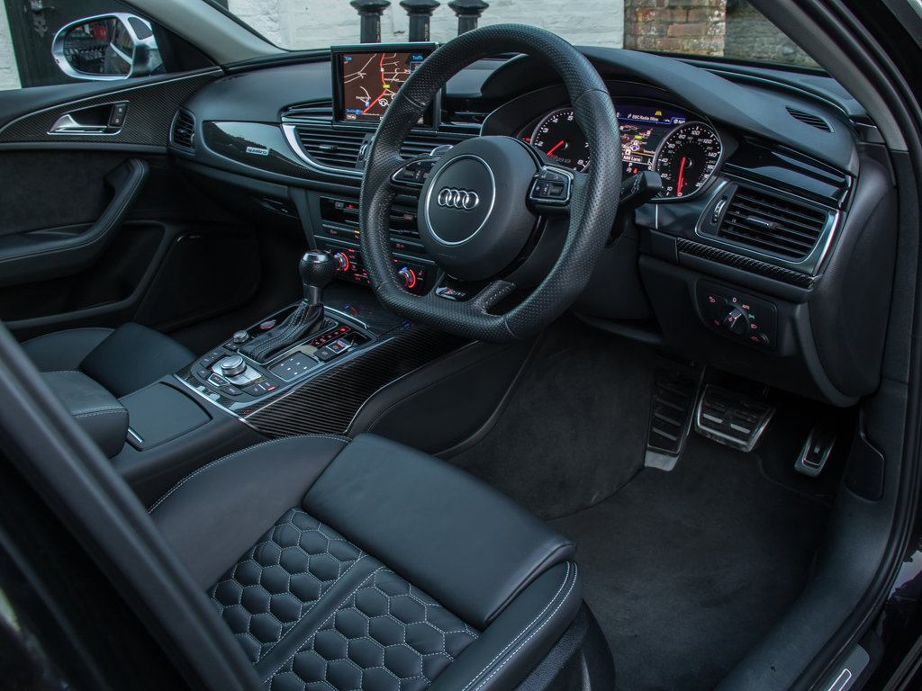 2018 Audi    RS6  For Sale (picture 12 of 18)