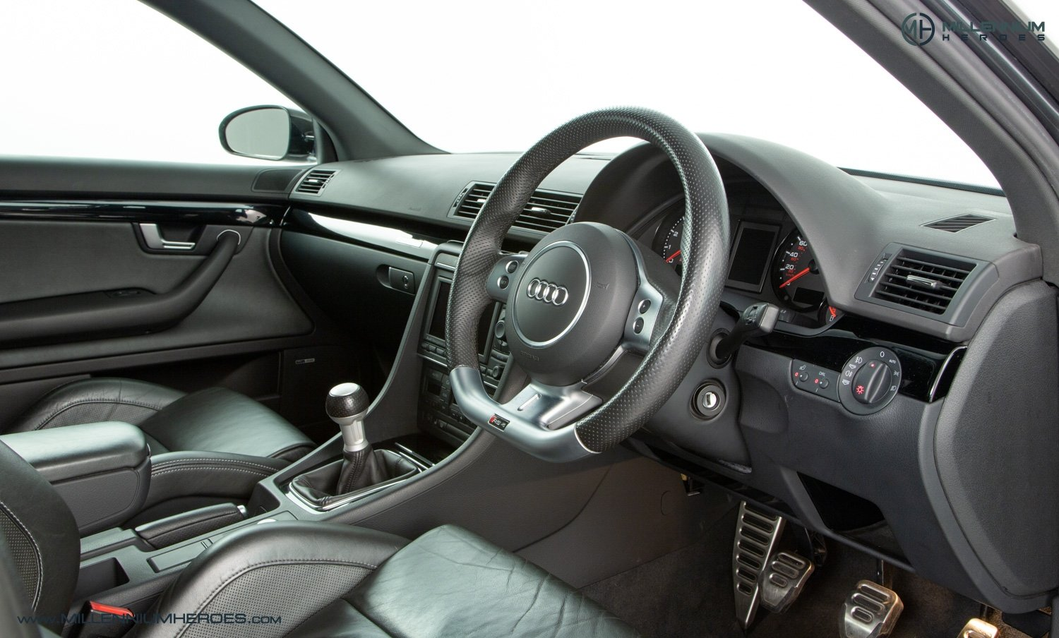 2006 AUDI B7 RS4 AVANT  SOLD (picture 14 of 20)