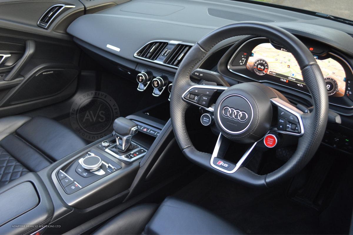 2017 Audi R8 V10 Spyder - Milltek Exhaust + Bang & Olufsen For Sale (picture 3 of 6)
