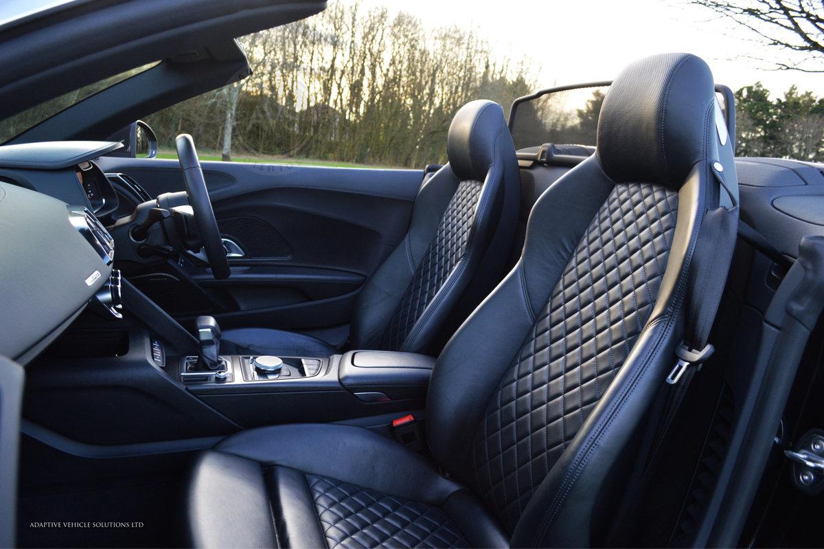 2017 Audi R8 V10 Spyder - Milltek Exhaust + Bang & Olufsen For Sale (picture 5 of 6)
