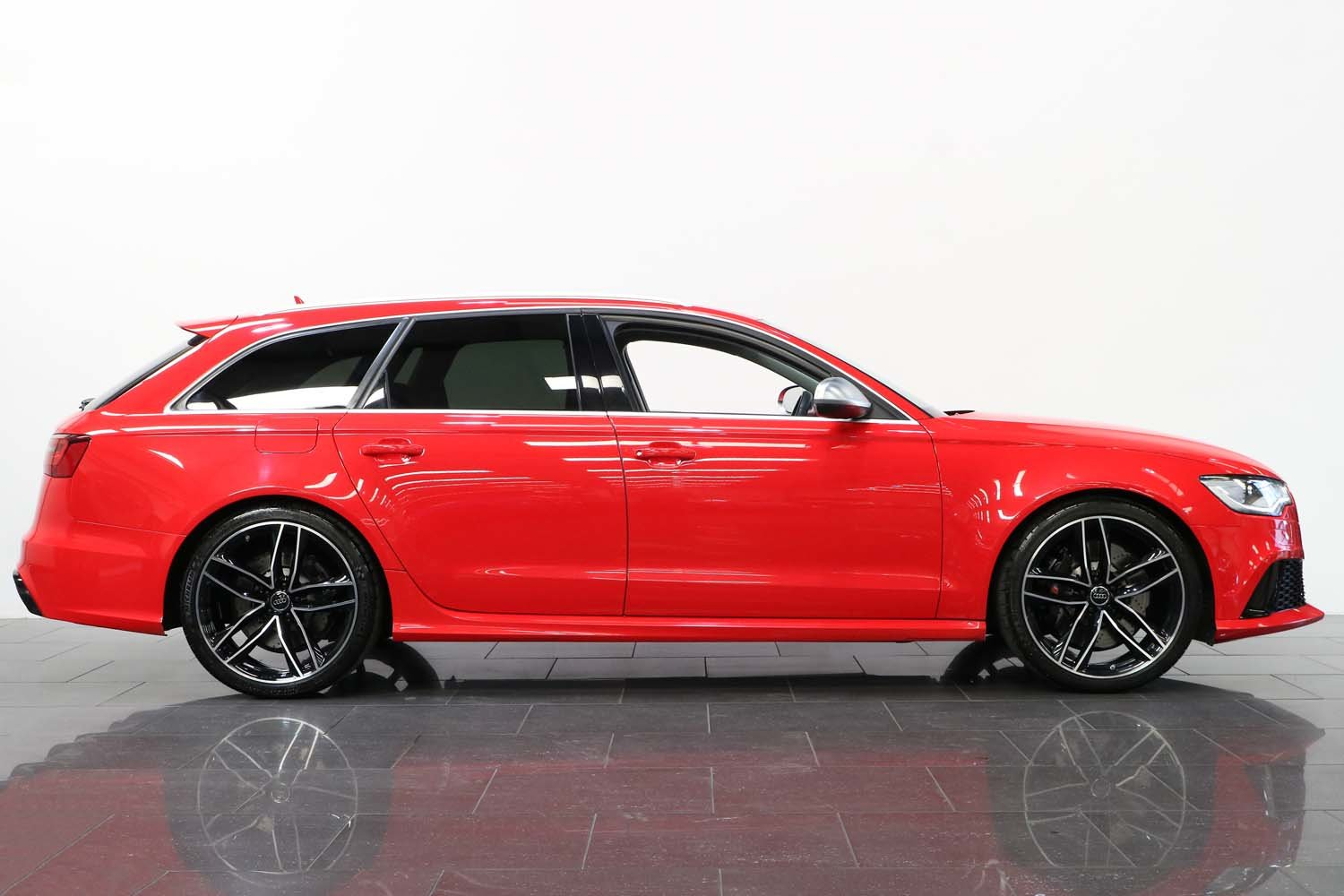 2014 14 64 AUDI RS6 AVANT 4.0T V8 FSI AUTO For Sale (picture 2 of 6)