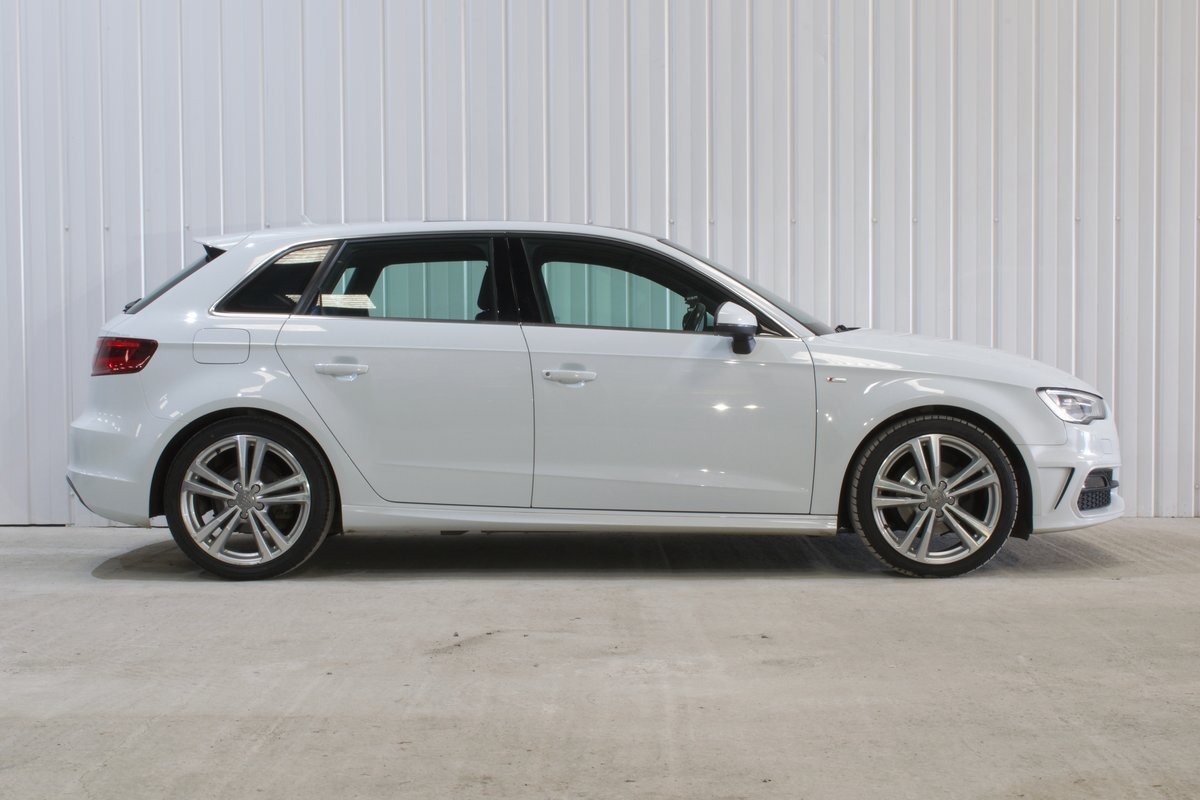 AUDI A3 S-LINE 2.0 5DR WHITE 2015 SPORTBACK SOLD (picture 8 of 15)