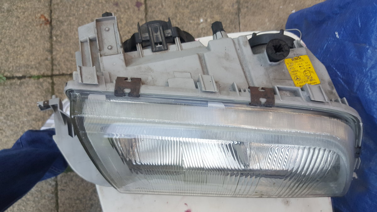 Mercedes W202 Drivers side Headlight  For Sale (picture 2 of 5)