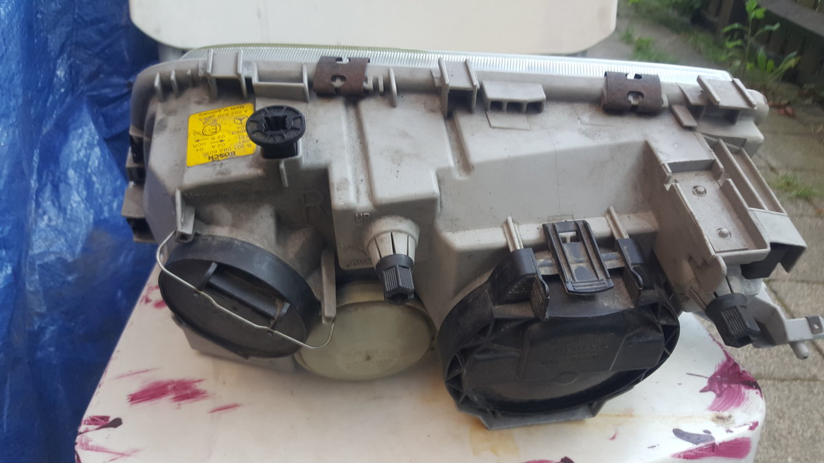 Mercedes W202 Drivers side Headlight  For Sale (picture 5 of 5)