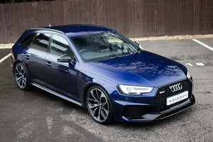 2018/18 Audi RS4 Avant