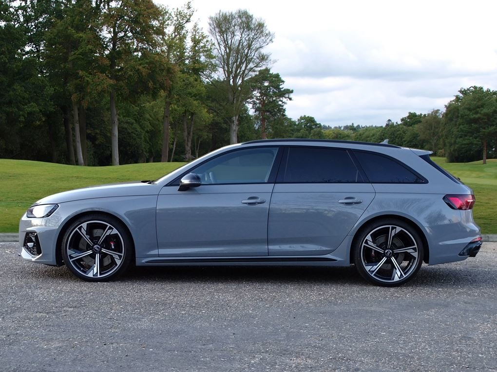 2020 Audi  RS4  TFSI QUATTRO AVANT NEW SHAPE AUTO  65,948 For Sale (picture 2 of 24)