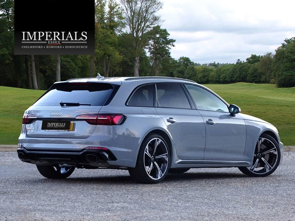 2020 Audi  RS4  TFSI QUATTRO AVANT NEW SHAPE AUTO  65,948 For Sale (picture 4 of 24)