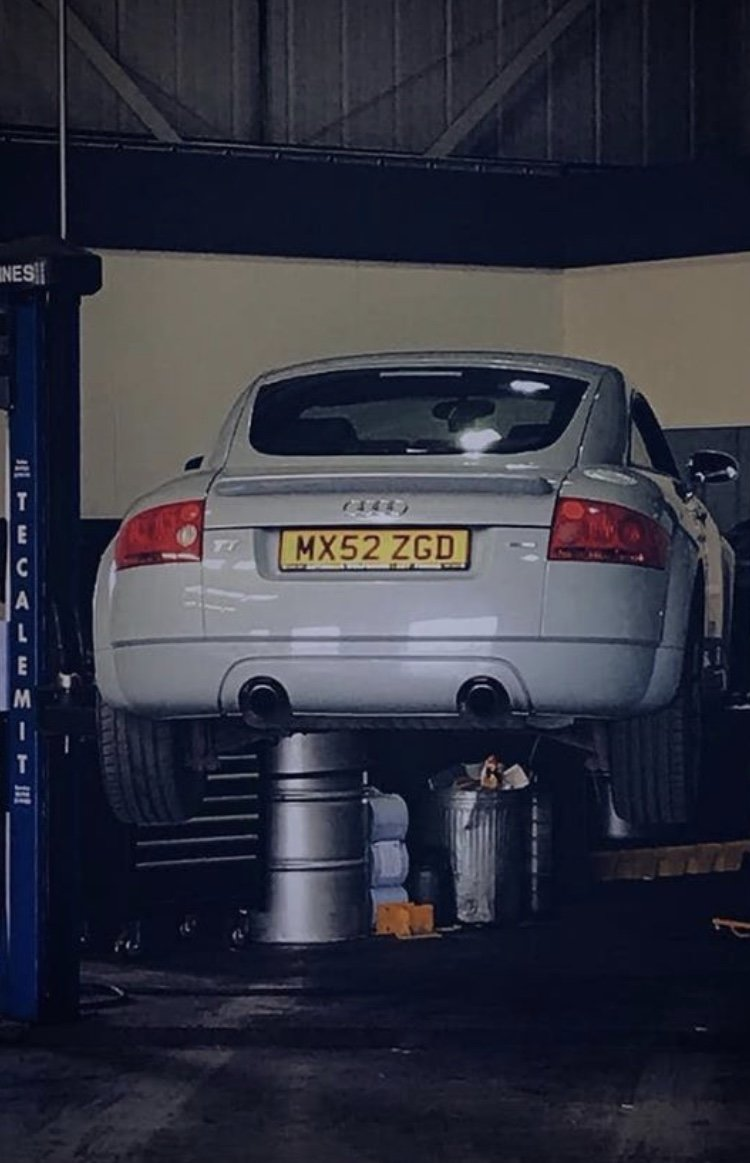 2002 Aviator Grey, FSH, APR Stage 1 (255bhp), Quattro For Sale (picture 5 of 6)