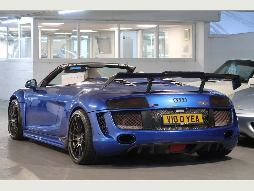 2010 Audi R8 5.2 Spyder Quattro Show Car + 620BHP For Sale (picture 2 of 6)