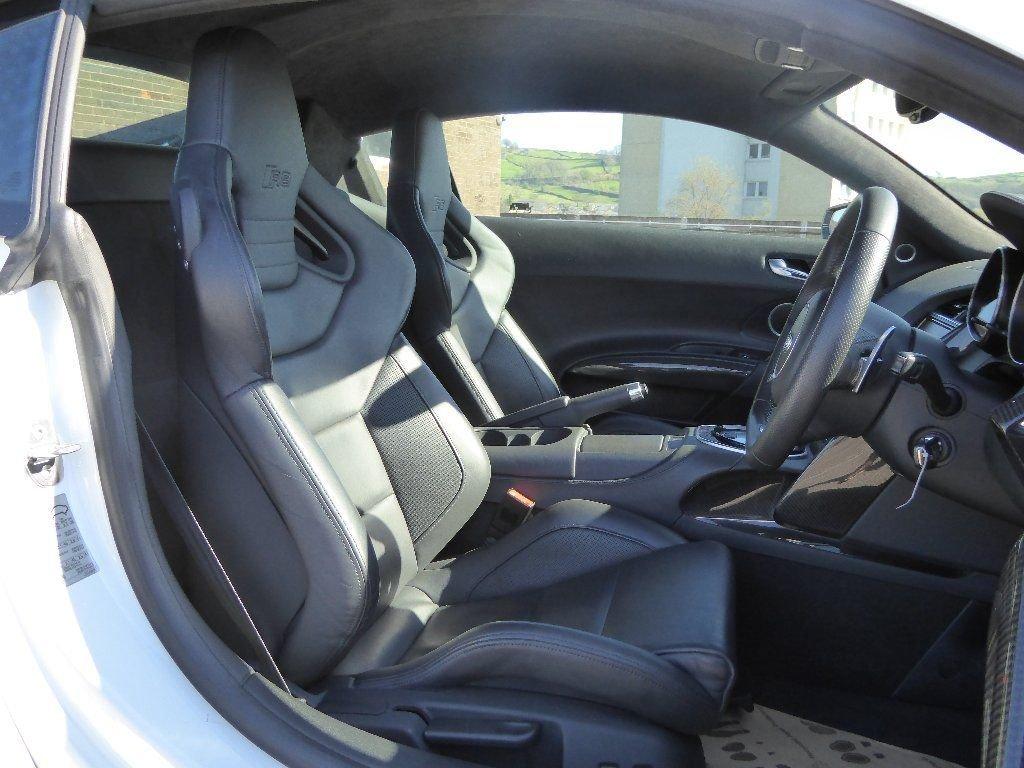 2013 Audi R8 5.2 FSI V10 Plus S Tronic quattro 550+ Edition For Sale (picture 5 of 6)
