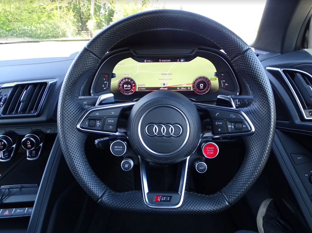 2017 Audi  R8  SPYDER V10 SPORT PLUS PACK QUATTRO  85,948 For Sale (picture 8 of 24)