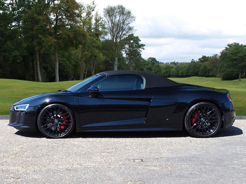 2017 Audi  R8  SPYDER V10 SPORT PLUS PACK QUATTRO  85,948 For Sale (picture 23 of 24)