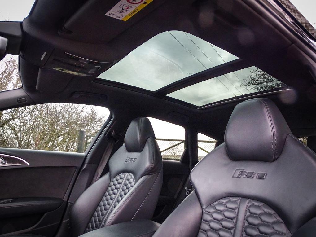 2017 Audi  RS6  PERFORMANCE AVANT TFSI QUATTRO AUTO  59,948 For Sale (picture 14 of 24)