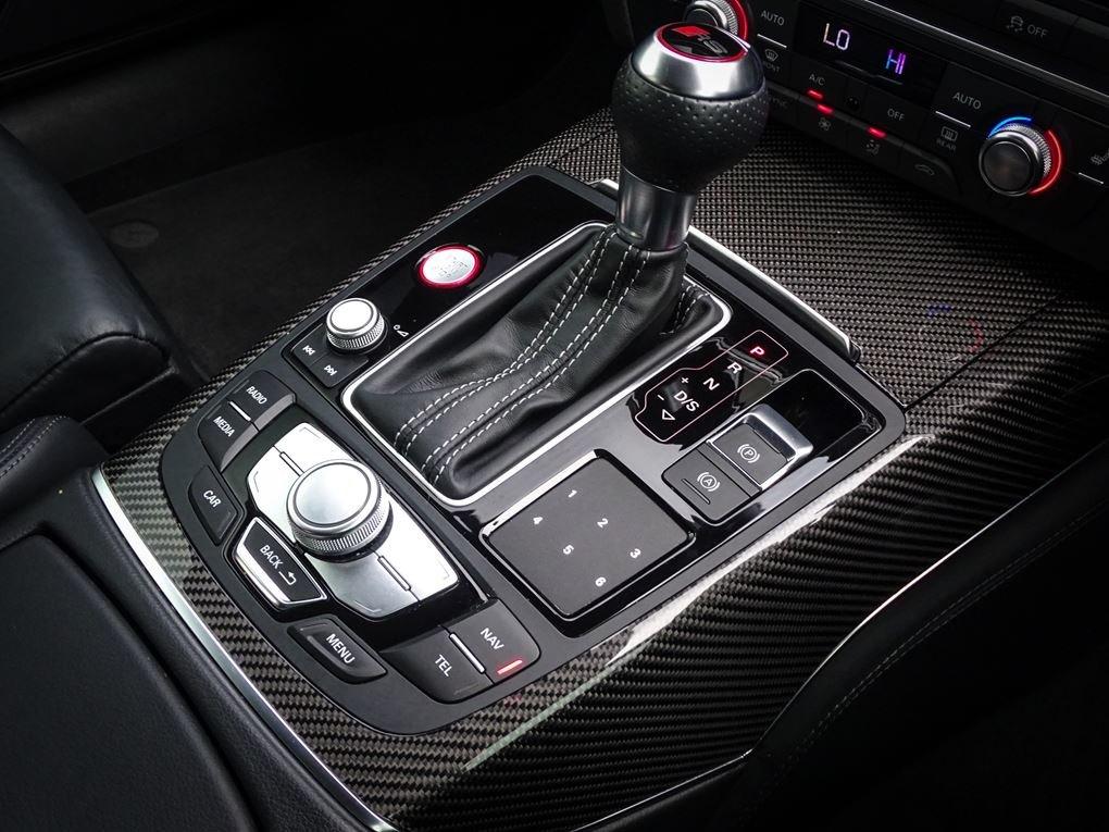 2017 Audi  RS6  PERFORMANCE AVANT TFSI QUATTRO AUTO  59,948 For Sale (picture 22 of 24)
