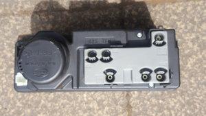 82-8 Mercedes w202 c240 Vacuum Pump and 4x Centre Caps
