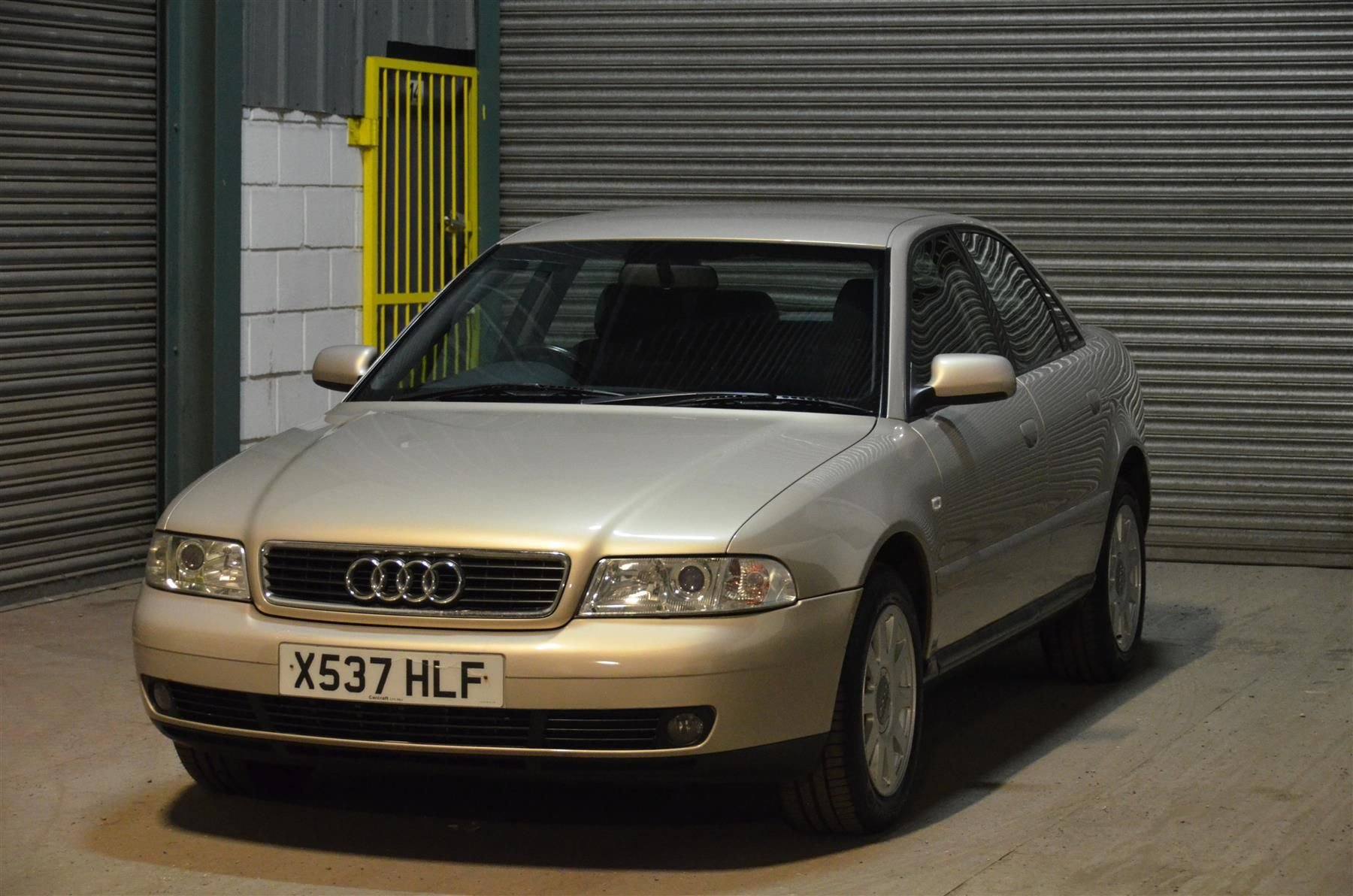2000 Audi A4 1.8 SE SOLD (picture 1 of 6)