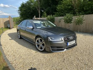 Audi S8 Facelift 5 AUDI STAMPS