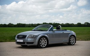 Audi TT Roadster 1.8T (225) Quattro 6-Speed