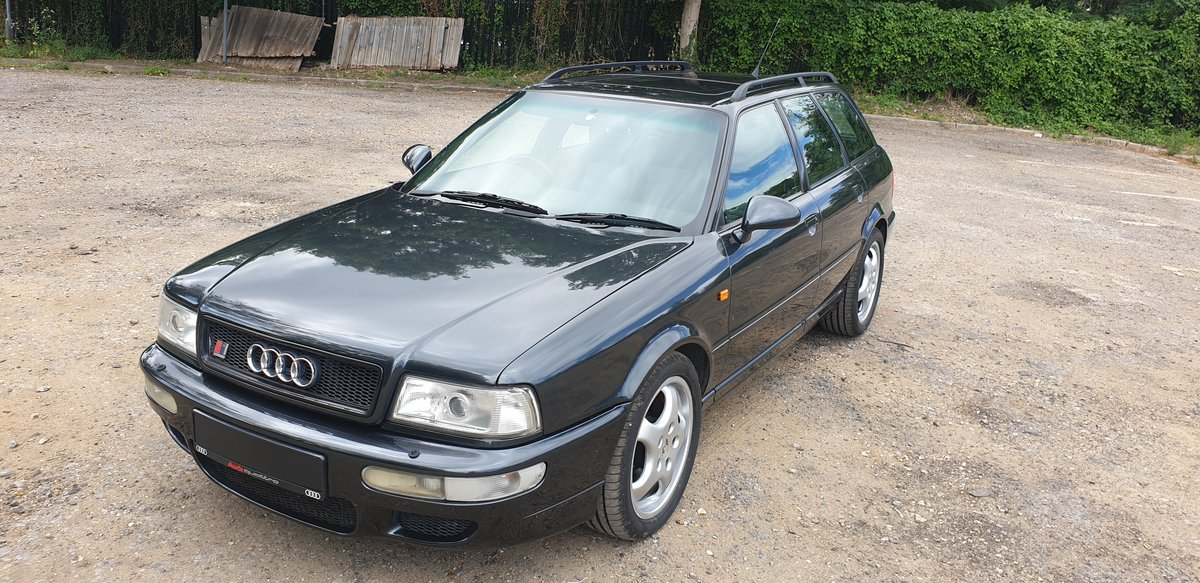 1995 Audi 80 rs2 avant 2.2 turbo in volcano black For Sale (picture 1 of 6)