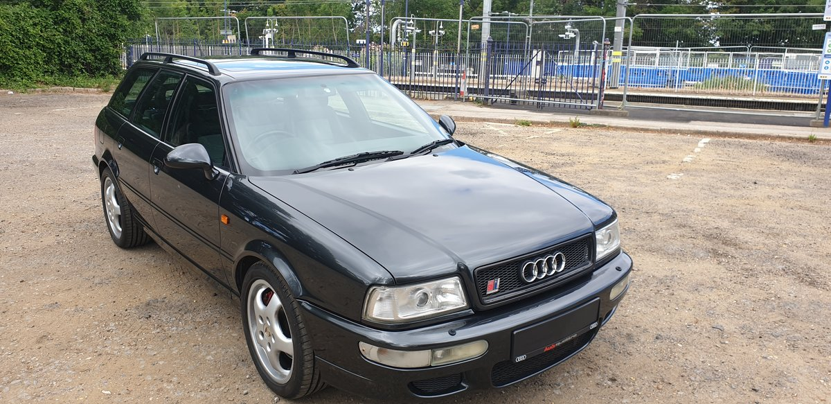 1995 Audi 80 rs2 avant 2.2 turbo in volcano black For Sale (picture 2 of 6)