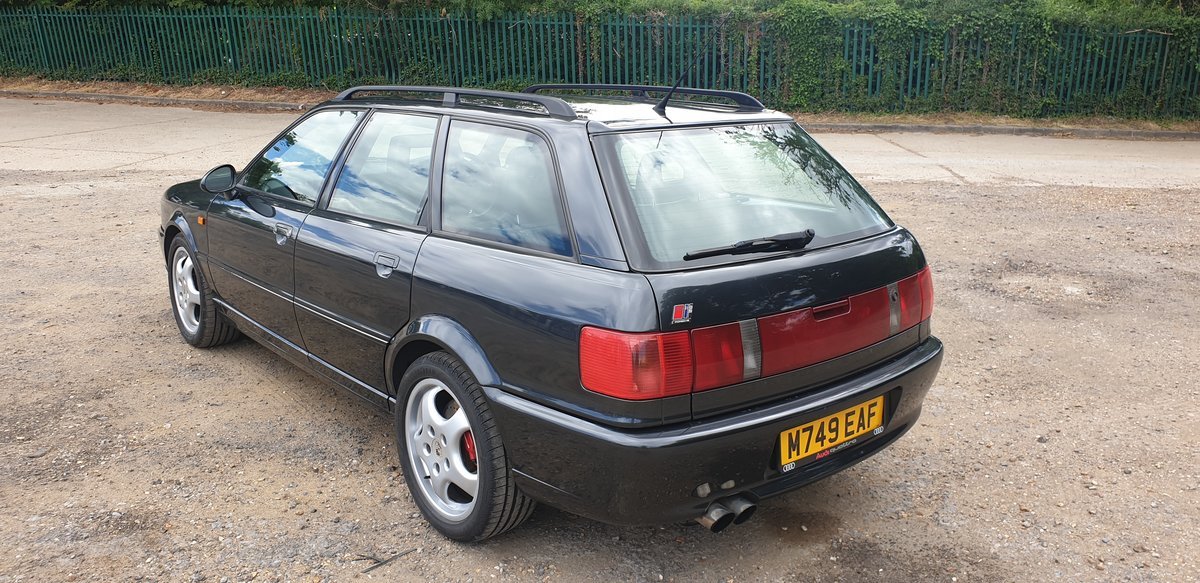 1995 Audi 80 rs2 avant 2.2 turbo in volcano black For Sale (picture 3 of 6)