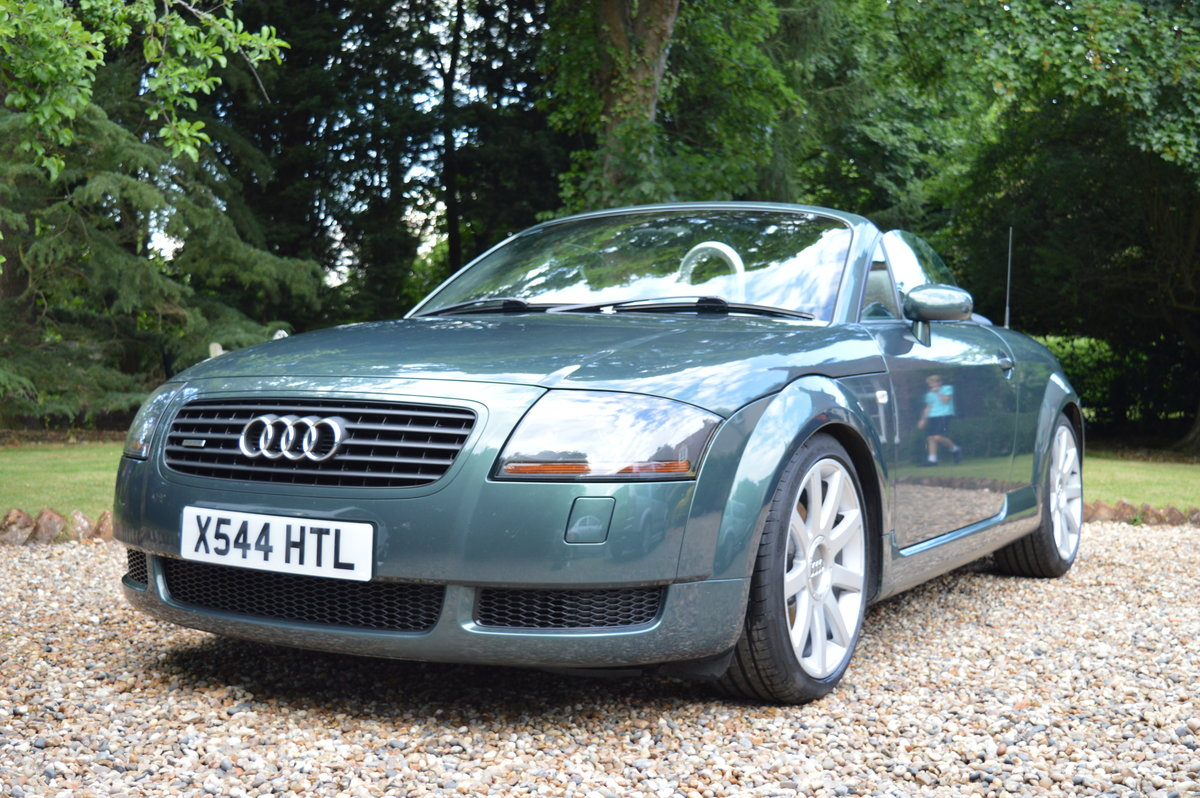 2000 Audi TT Roadster 225 For Sale (picture 1 of 6)