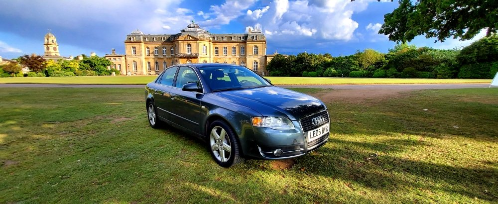 2005 LHD AUDI A4 3.2 QUATTRO 4X4 AUTO, LEFT HAND DRIVE For Sale (picture 1 of 6)
