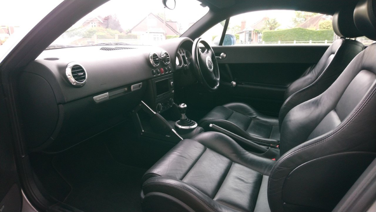 2001 Audi TT Coupe 225 quattro, Avus Silver, FSH For Sale (picture 3 of 6)