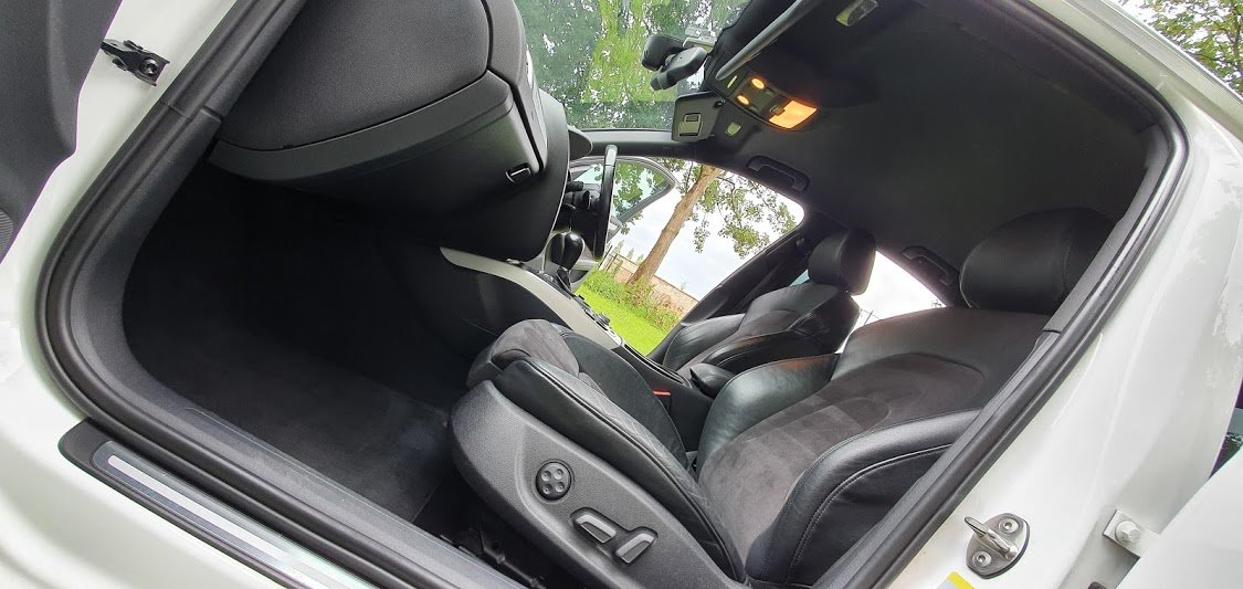 2012 Audi S4 3.0 TFSI V6 Quattro - 30,874 miles For Sale (picture 4 of 6)