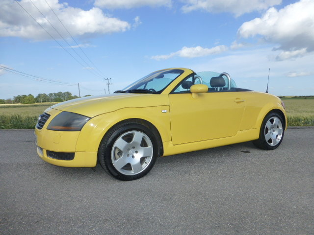 Audi TT 225 Convertible Exclusive Edition