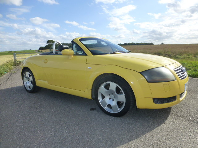 2001 Audi TT 225 Convertible Exclusive Edition For Sale (picture 2 of 6)