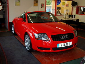 Audi TT Red, black leather, new cambelt + service