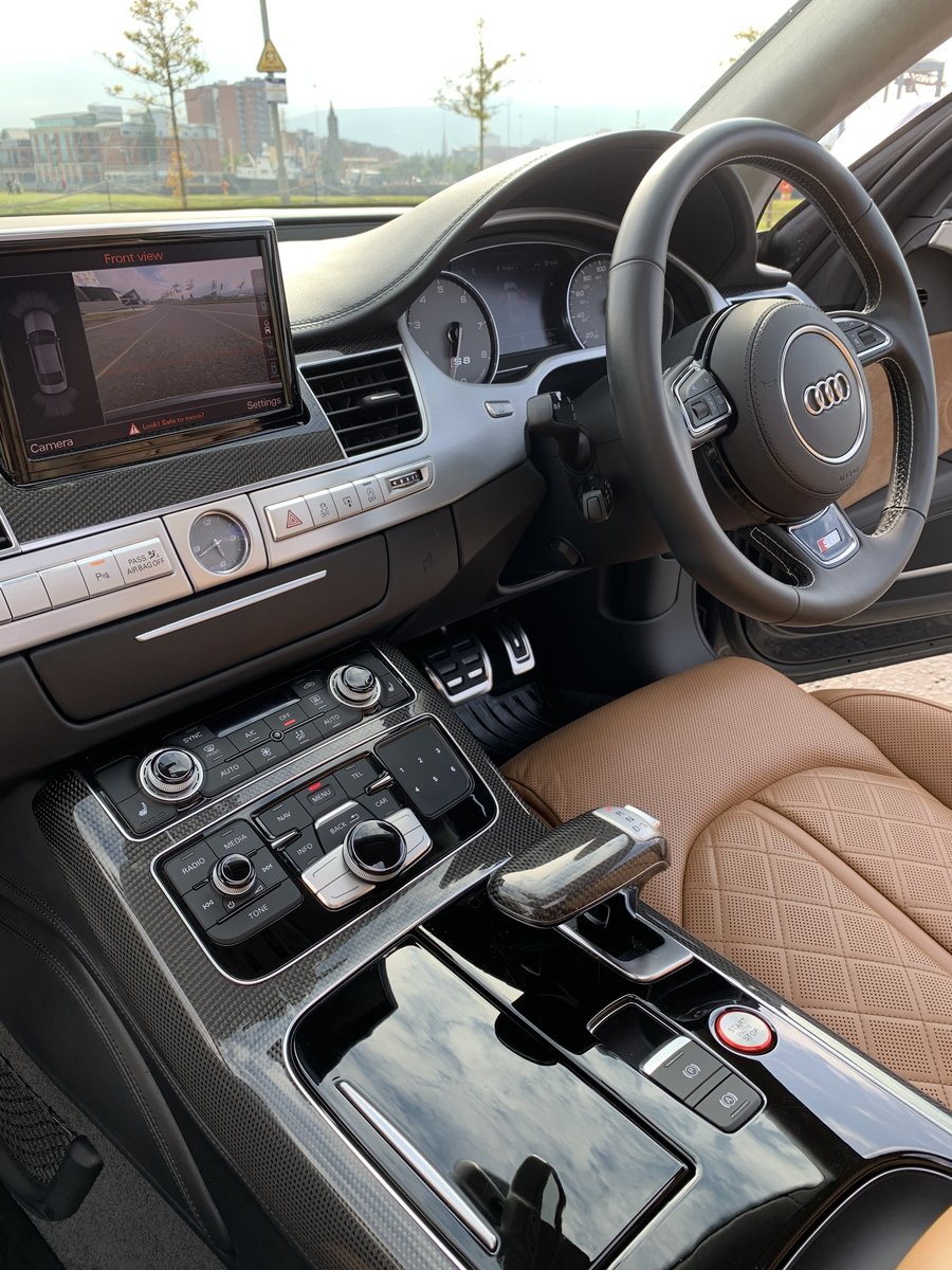 2017 523bhp Audi S8 - One Owner For Sale (picture 6 of 6)
