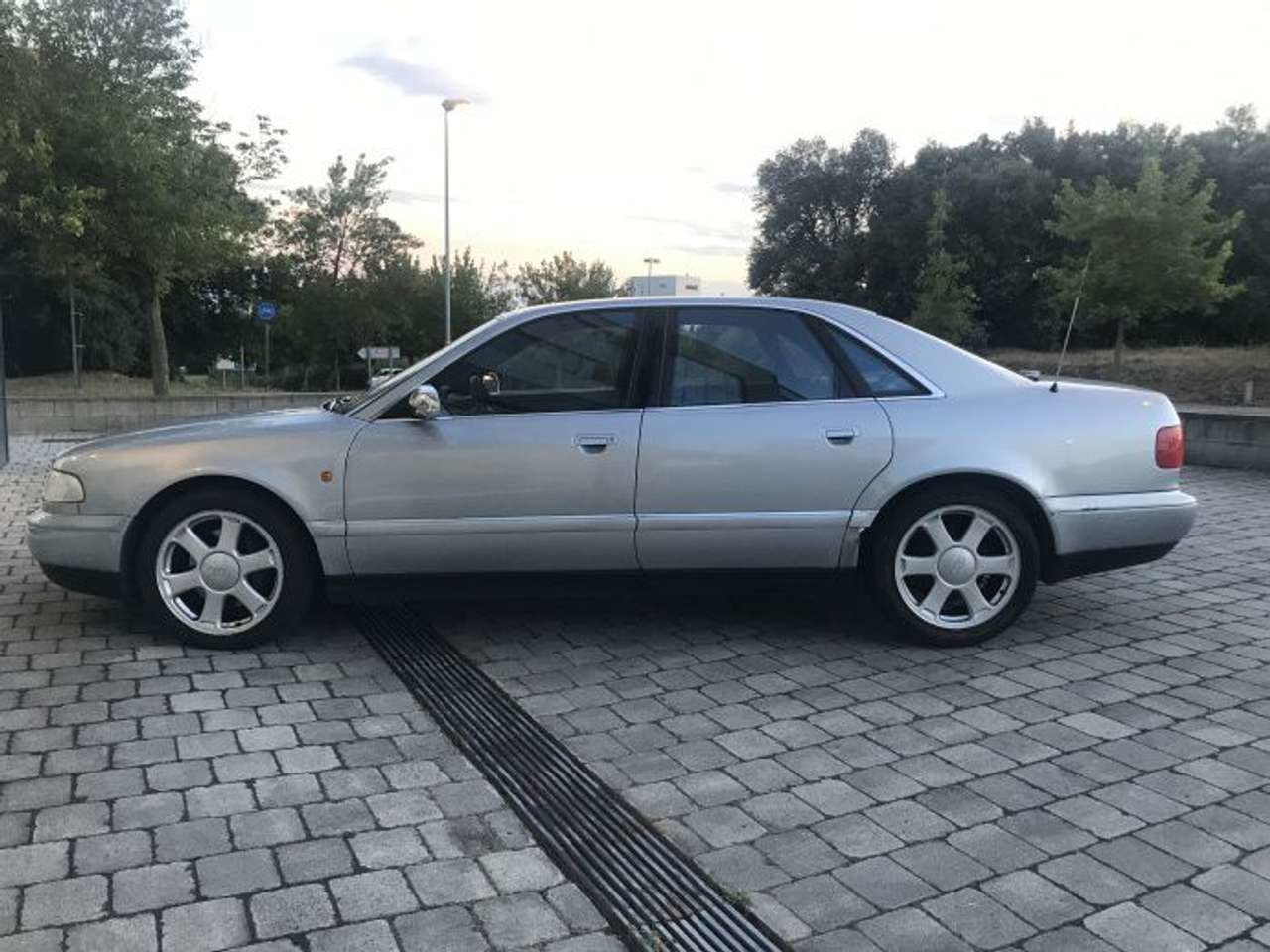 1998 Audi S8 Quattro 6 speed 4.2L-1 owner-superb LHD For Sale (picture 1 of 6)