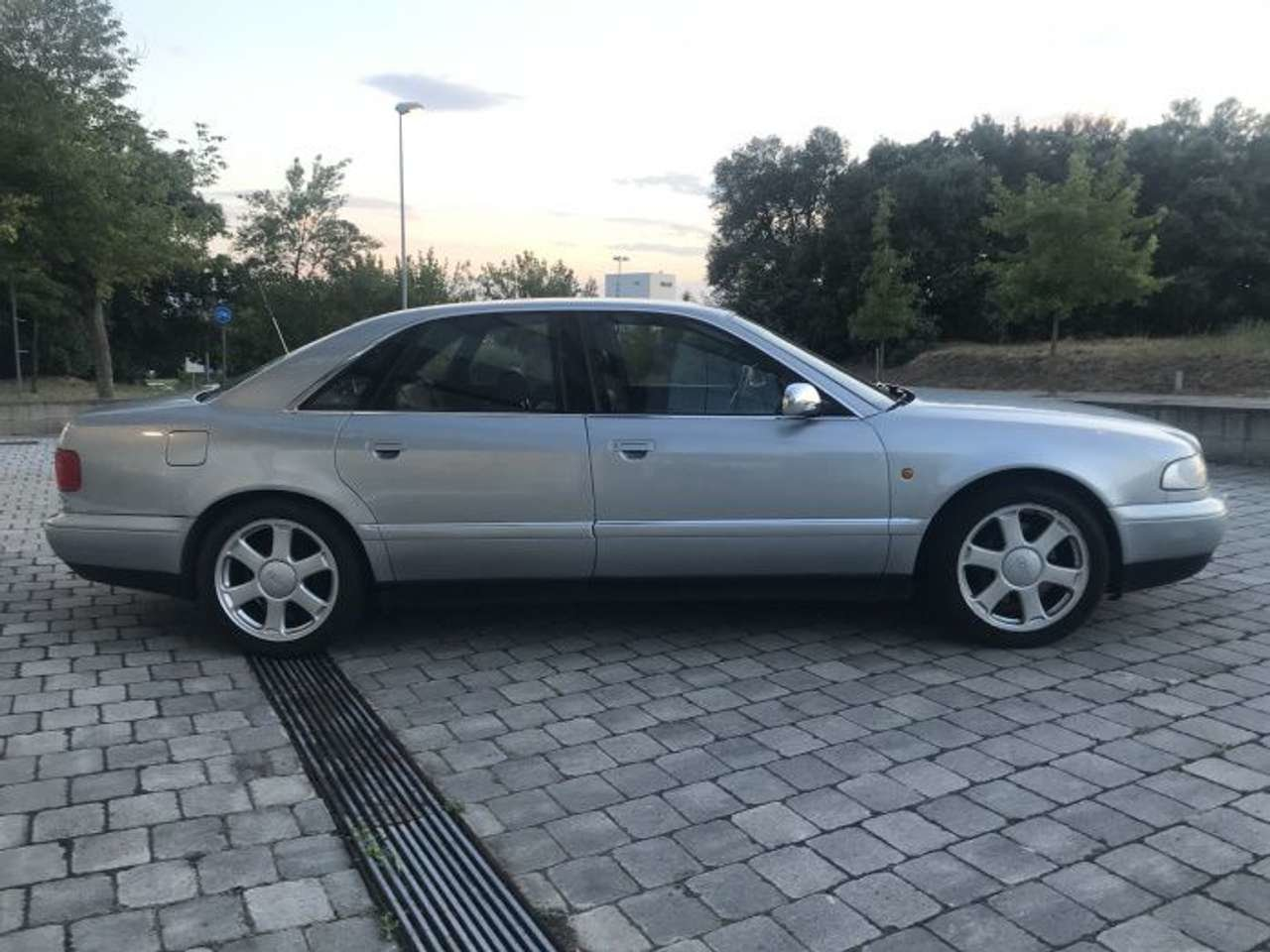 1998 Audi S8 Quattro 6 speed 4.2L-1 owner-superb LHD For Sale (picture 2 of 6)