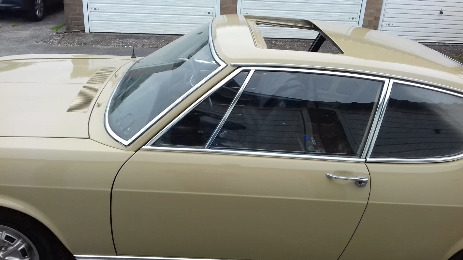 Audi 100 S Coupe - Sahara Beige  - Project 1972 For Sale (picture 6 of 6)
