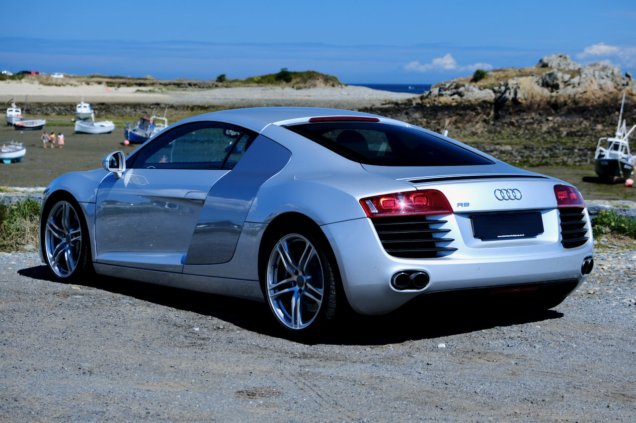 2008 Audi R8 4.2 V8 Quattro (only 4,000 miles!) For Sale (picture 3 of 6)