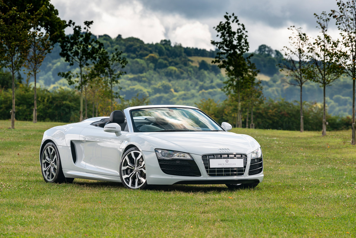 Picture of Immaculate 2012 R8 V10 Spyder in Fantastic Specification For Sale