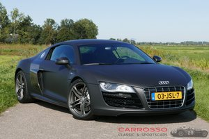 Audi R8 Coupé 5.2 V10 with only 42.300 Kilometer