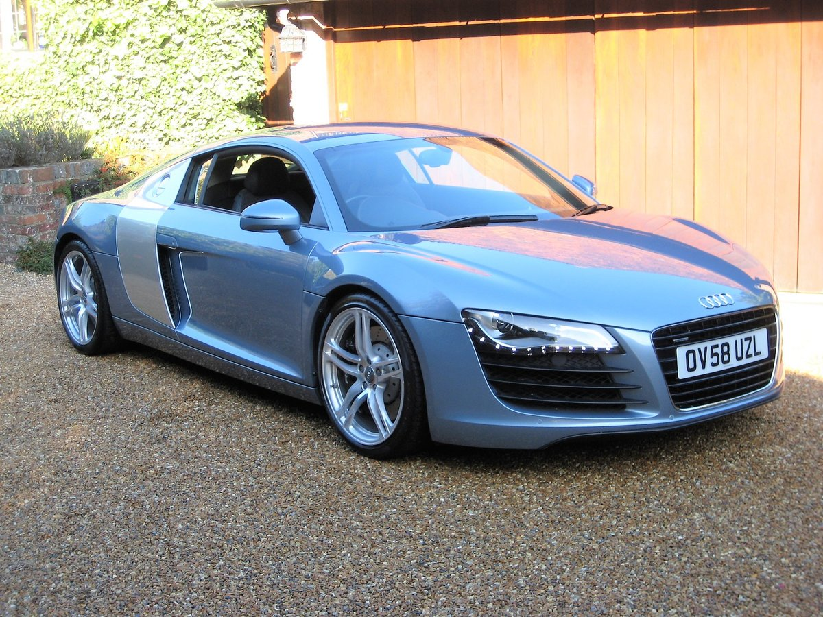 2009 Audi R8 Quattro 1 Owner With Just 8,750 Miles From New For Sale (picture 2 of 6)