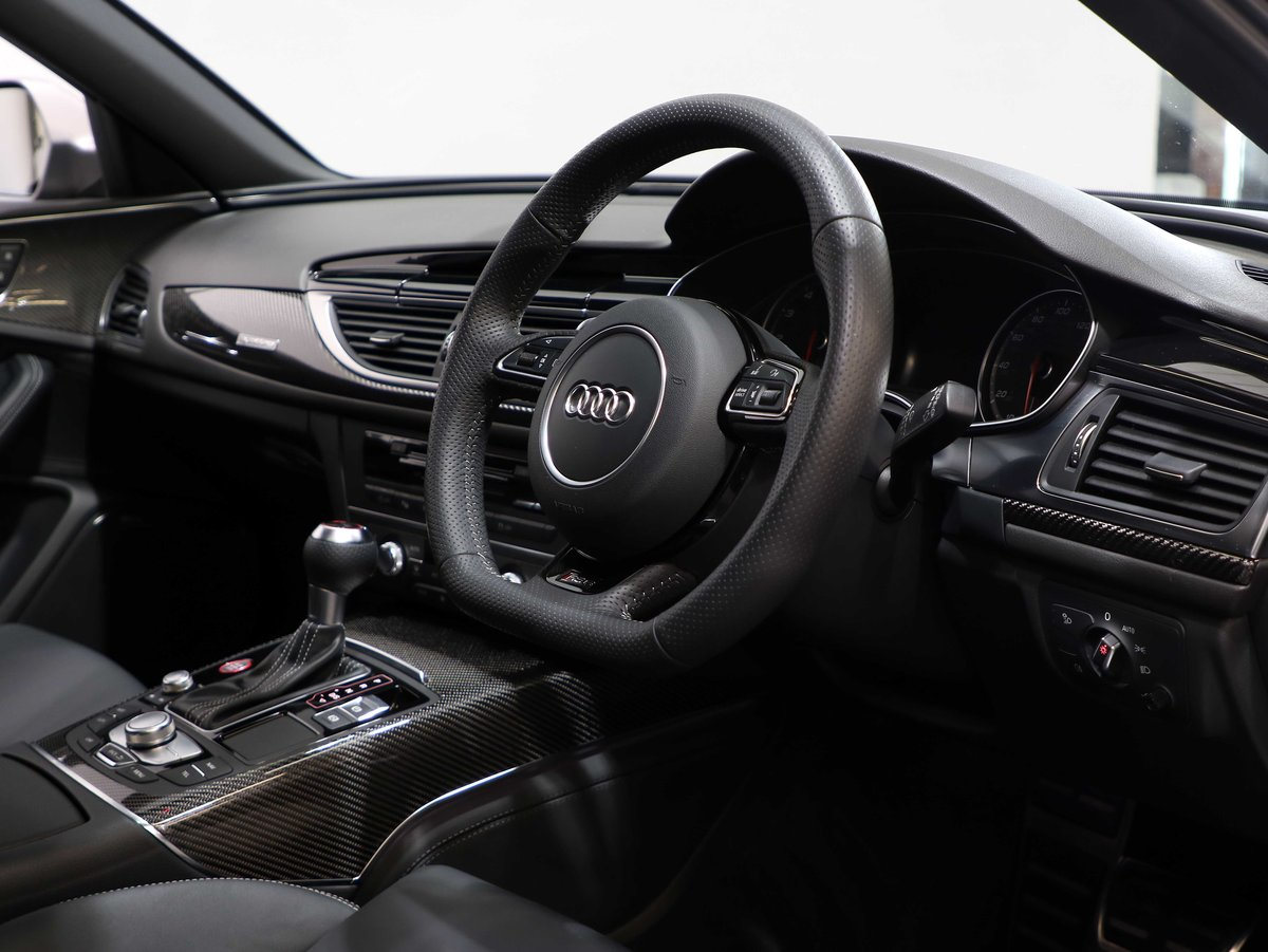2017 17 17 AUDI RS6 PERFORMANCE 4.0 BI-TURBO AUTO For Sale (picture 5 of 6)