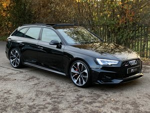 Picture of Audi RS4 Avant 2.9 TFSI V6 Tiptronic Quattro 2018 - Pan Roof