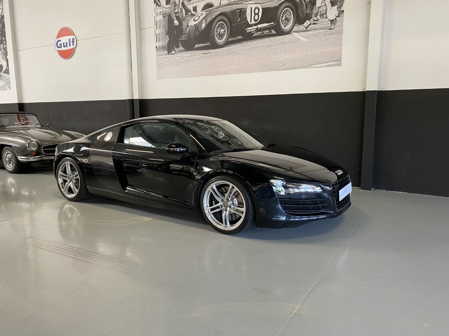 AUDI R8 4.2i V8 Quattro FSI Low mileage (2008) For Sale (picture 1 of 12)