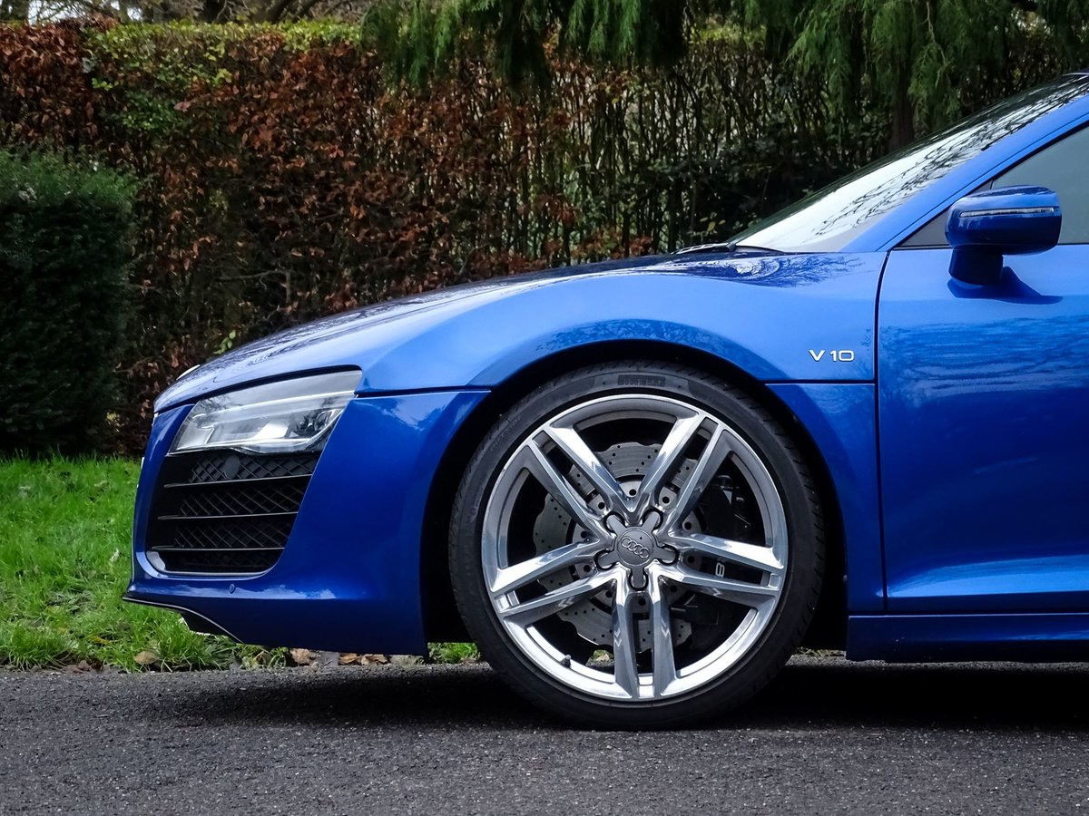 2015 Audi R8 SOLD (picture 5 of 20)