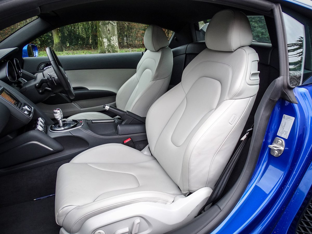 2015 Audi R8 SOLD (picture 14 of 20)