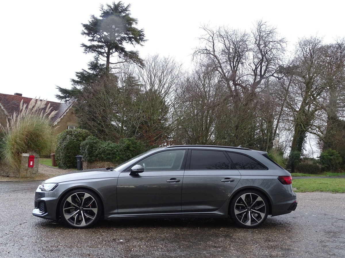 2019 Audi RS4 AVANT SOLD (picture 2 of 20)